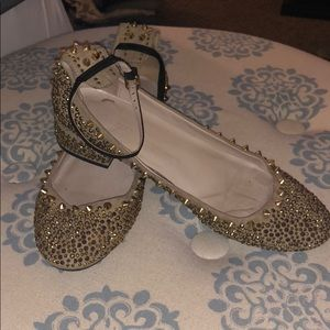 ZARA gold studded ballerinas s9